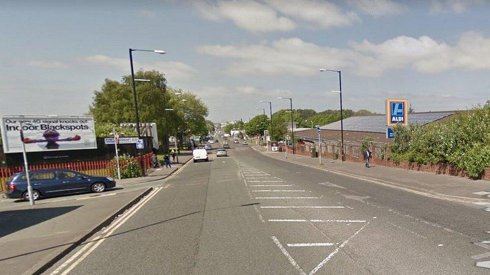 <![CDATA[Manchester bleach attack: Liquid thrown at pregnant woman and two men]]>