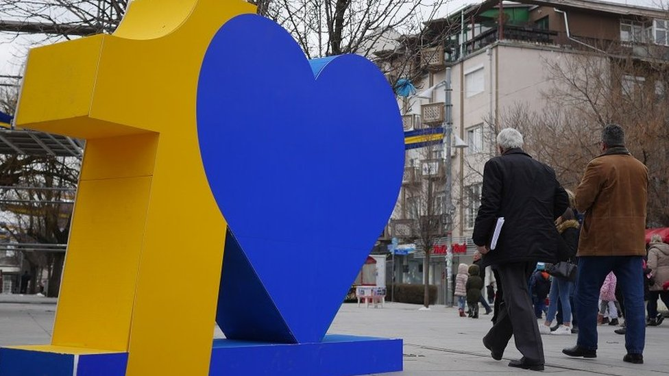 Kosovo turns 10 but has little to celebrate