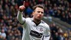 Le Fondre set for Wolves loan talks