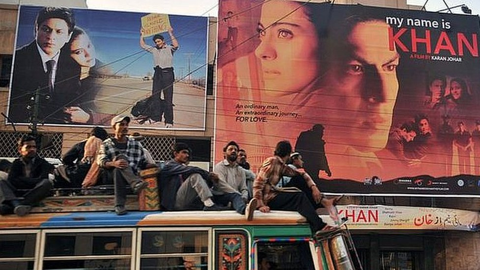 পাকিস্তানে এখন নিষিদ্ধ ভারতীয় সিনেমা: আসলে ক্ষতি হচ্ছে কার?