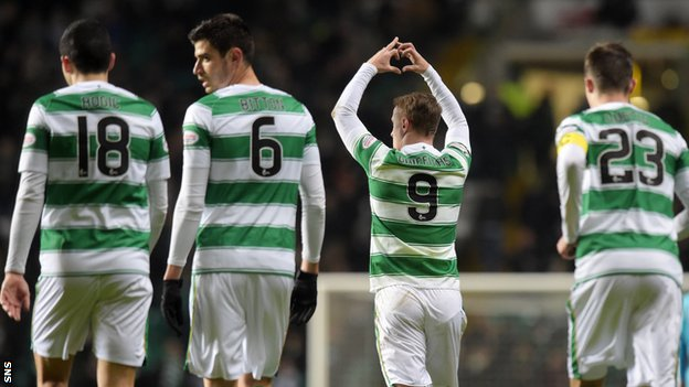 Leigh Griffiths (second right)