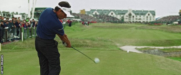 Jean van de Velde had a three-shot lead when he approached the last tee in 1999