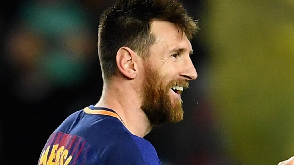 Lionel Messi scores 100th European goal in Barcelona win