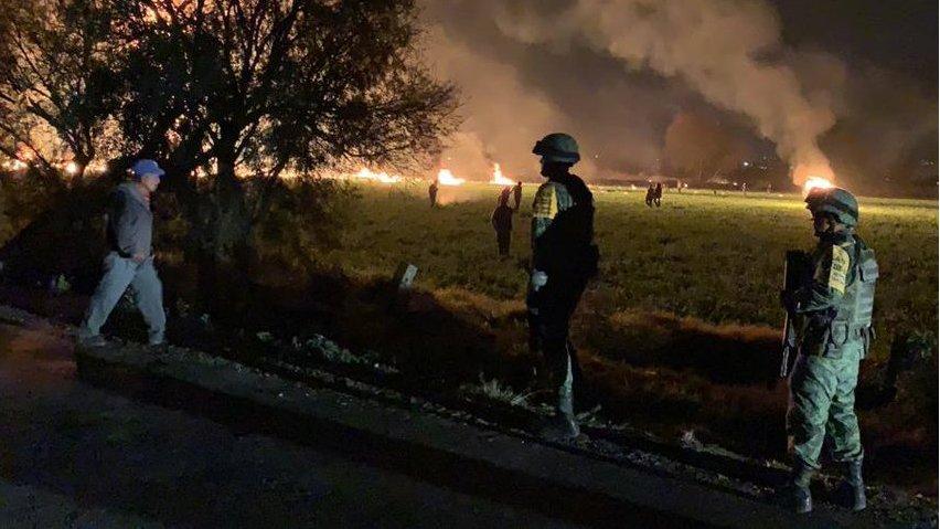 Explosión en ducto de Pemex en Tlahuelilpan: por qué policías y militares no dis ...