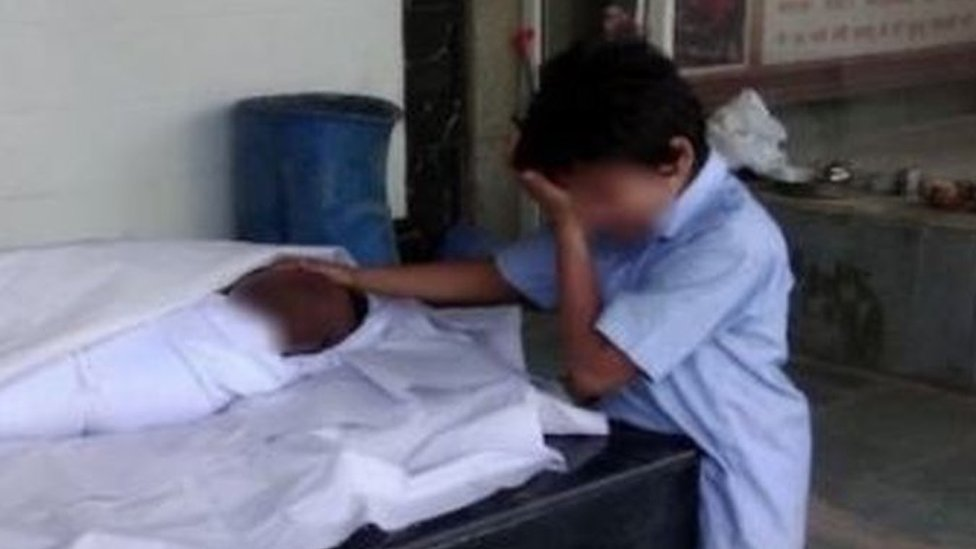 The heartbreaking photo that raised $43,000 in one day