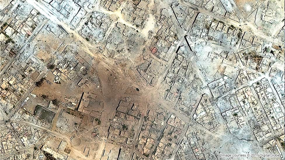 Satellite image of Mosul's Old City in July 2017
