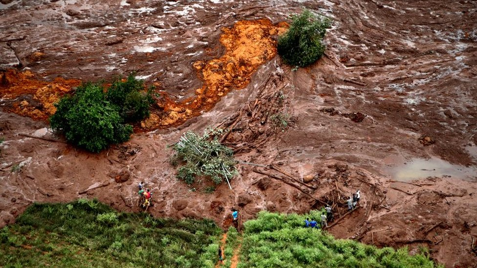 Nearly 700 evacuated in Brazil over mine safety concerns