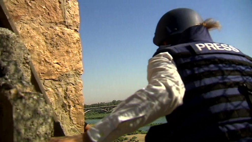 Dodging IS snipers on Mosul frontline