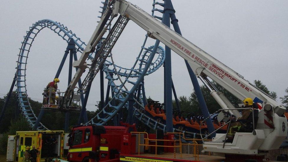 Pleasurewood Hills rollercoaster rescue