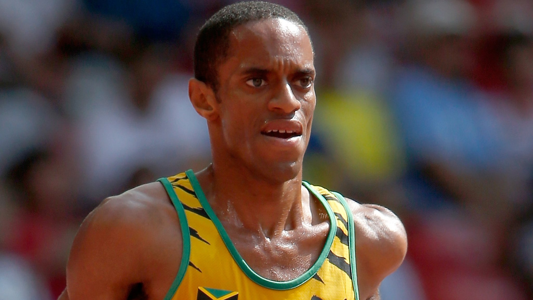 Kemoy Campbell: Jamaican taken to hospital after collapsing during 3,000m
