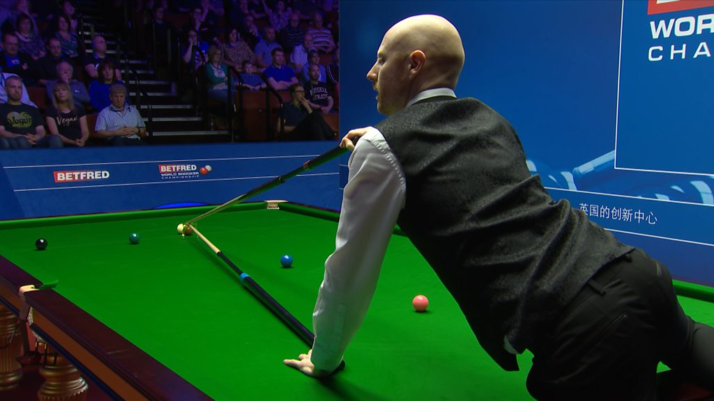 'Third time lucky?' – Anthony McGill finally makes shot with help from fans