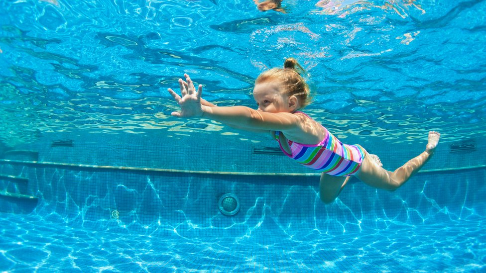 Anglesey leisure centres 'should close' to save schools