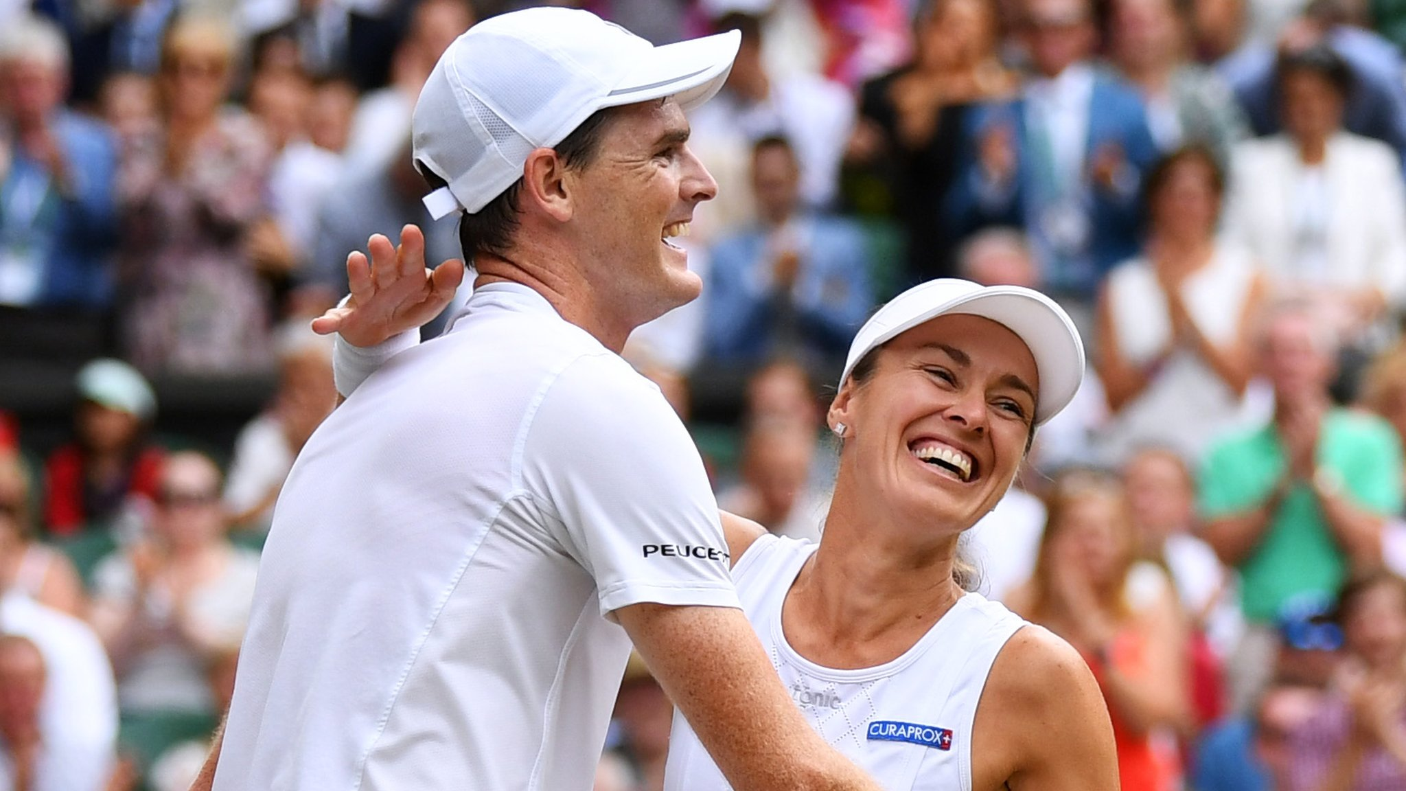 Jamie Murray and Hingis 'won Wimbledon mixed doubles with a smile'