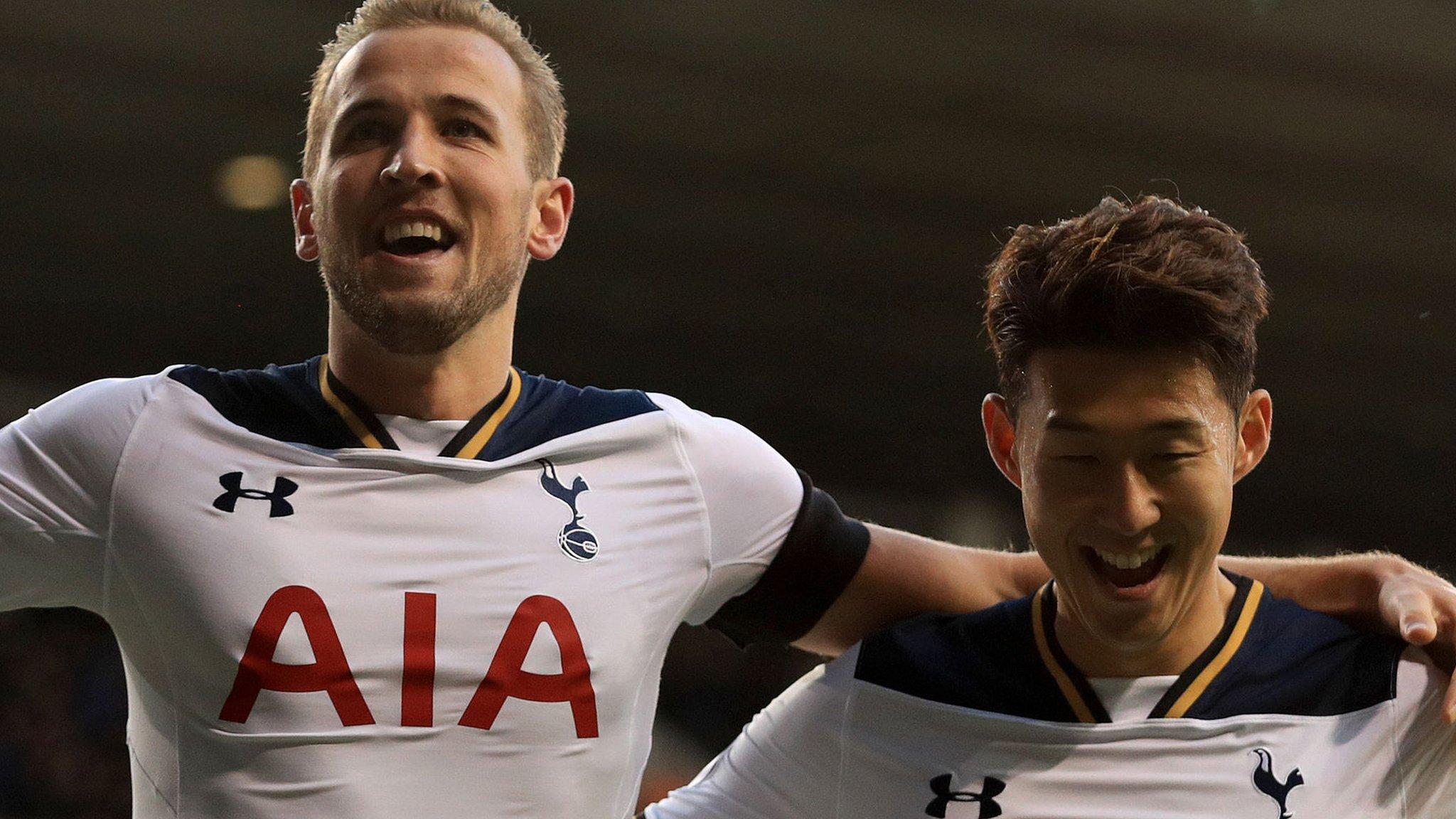 Kane double helps Tottenham thrash Swansea