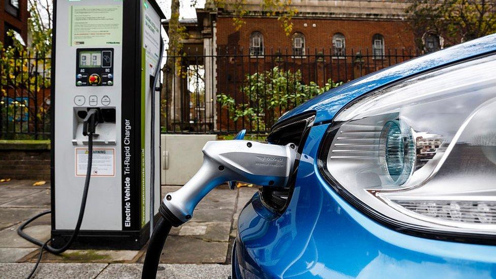 Los autos eléctricos aumentarán la demanda de cobre.