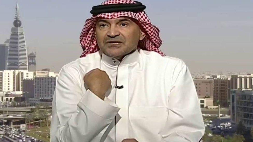 سعودی لیکوال ولې لاسپیکرو کې پر اذان نیوکه کوي؟