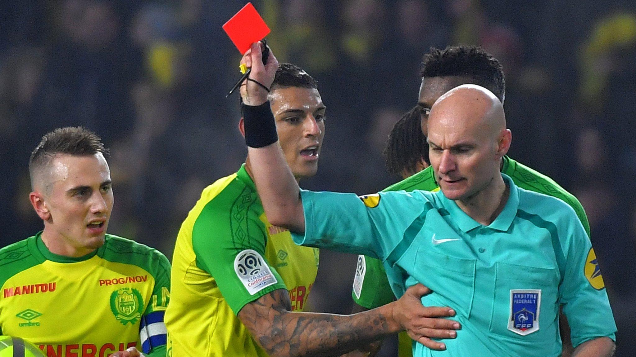 'I reacted badly' - Nantes referee admits kick mistake