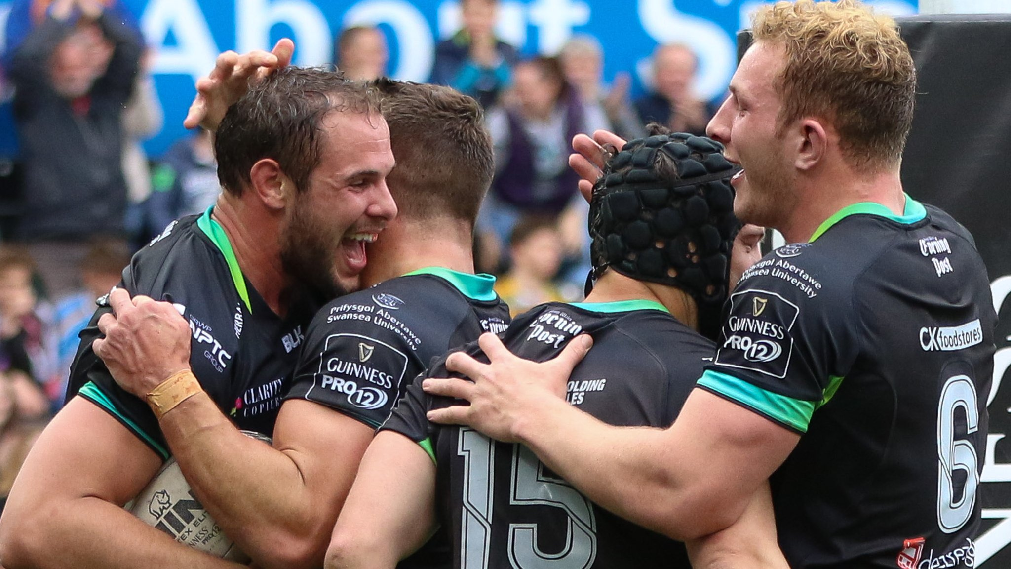 Ospreys move one point away from Pro12 play-offs