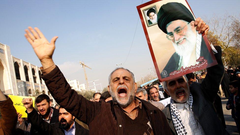مظاهرات مؤيدة للحكومة الإيرانية في العاصمة طهران