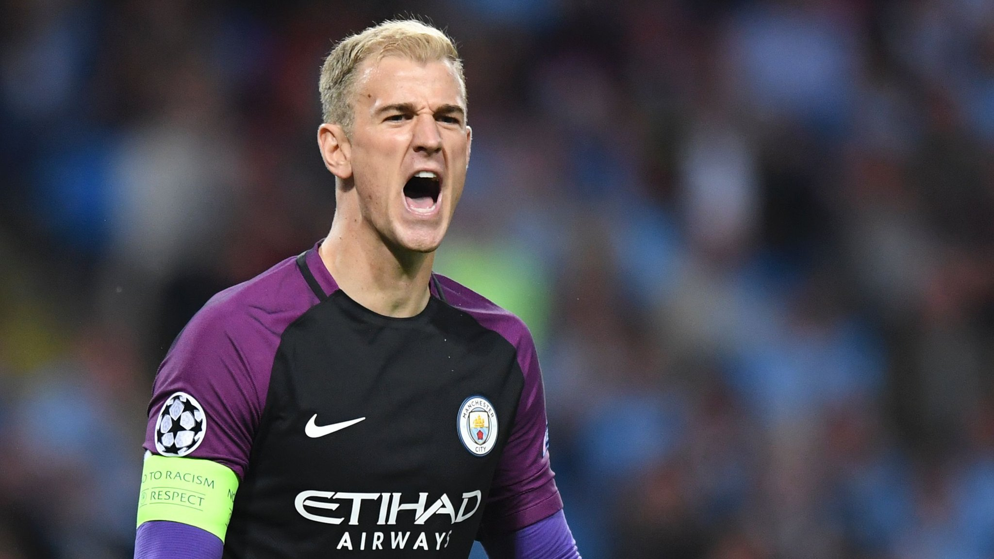 Hart keeps clean sheet as Man City ease to group stage