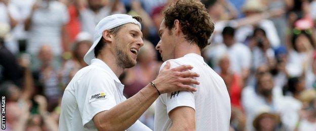 Seppi and Murray share a joke on Centre Court