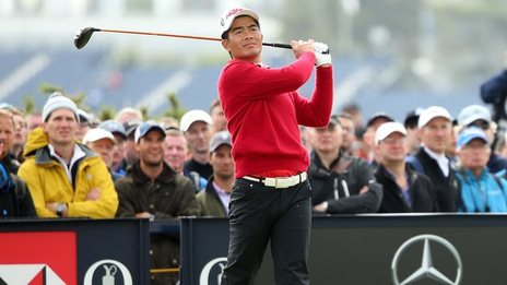China's Liang Wen-Chong chips in from the fairway to eagle ...
