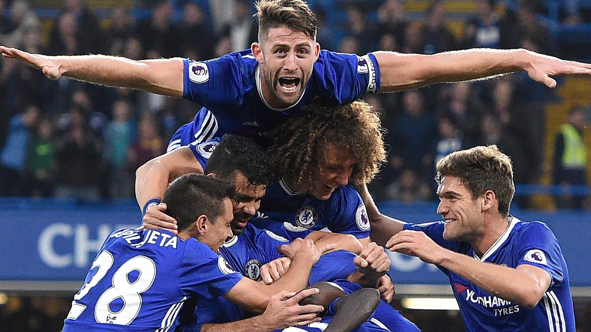 Chelsea thrash Man Utd on Mourinho's return