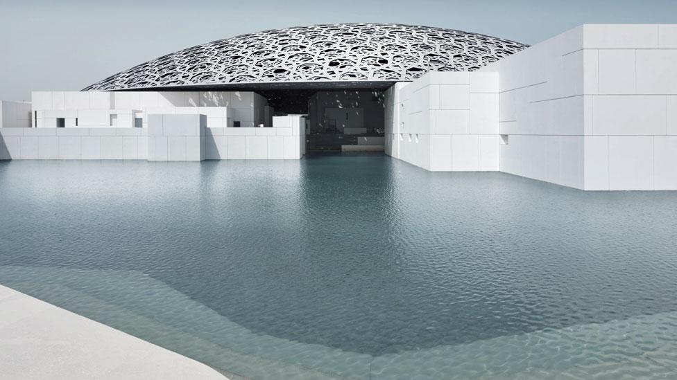 Exterior del Louvre en Abu Dabi exterior © Louvre Abu Dhabi, Foto: Mohamed Somji