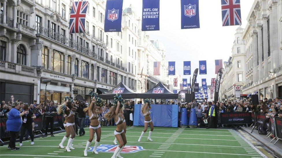 Pom poms & rain - London welcomes American football stars
