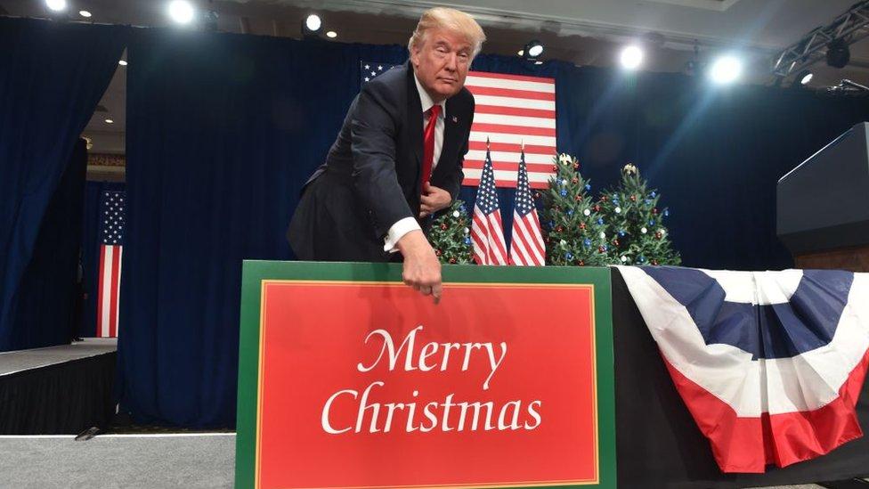 """Donald Trump presentó la reforma laboral como un """"regalo"""" para los estadounidenses."""