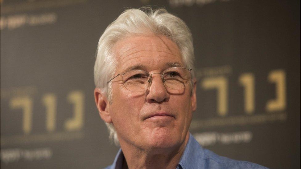 ريتشارد غير في مؤتمر صحفي في القدس