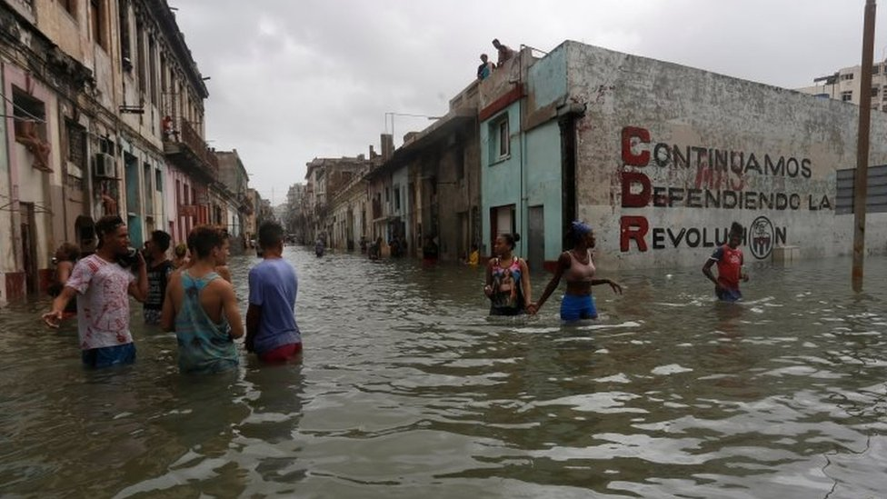 Irma golpeó con sus vientos y tormentas más peligrosos a la región norte de Cuba.
