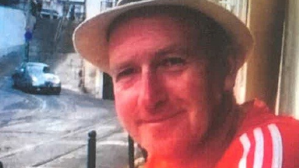 Widow appeal over husband's Barnsley woodland death | BBC