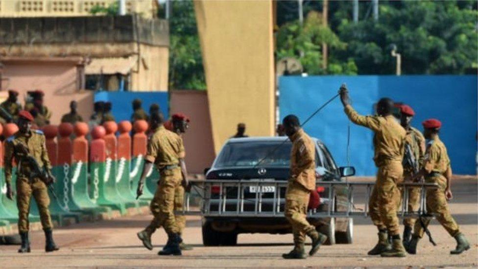 Quatre soldats tués au Burkina Faso