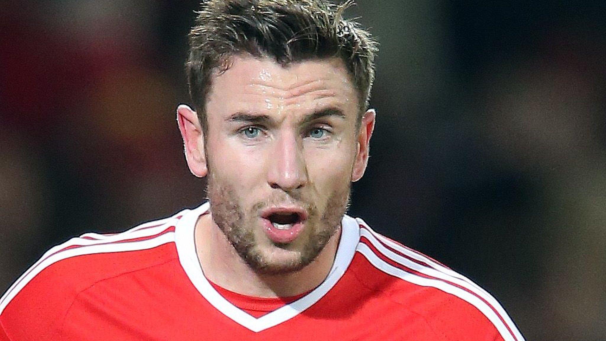 Dummett has 'not closed door' on Wales, say Newcastle United