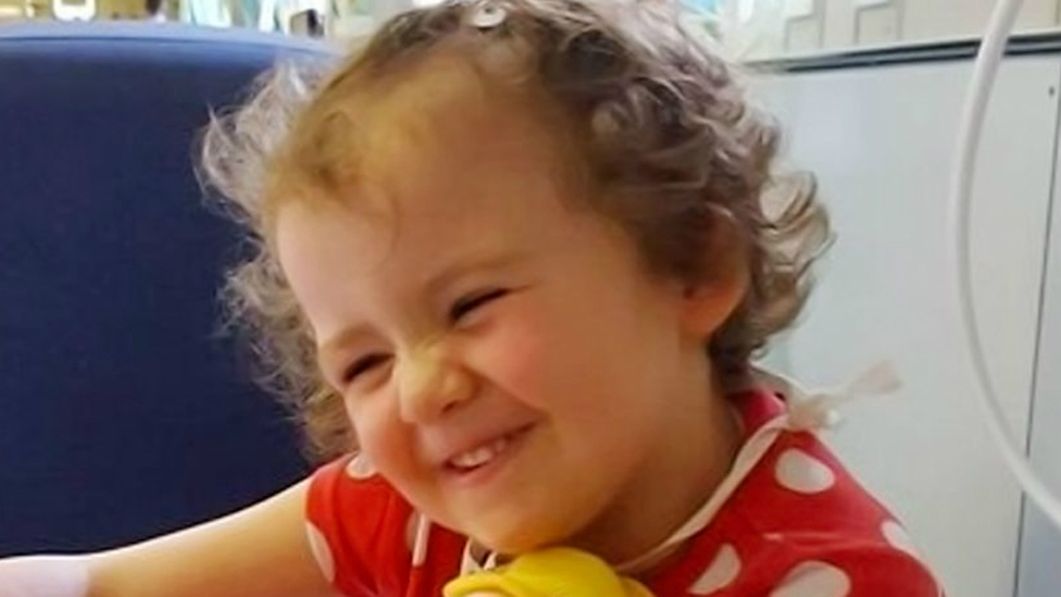 Thousands sign up to save three-year-old Ava Stark