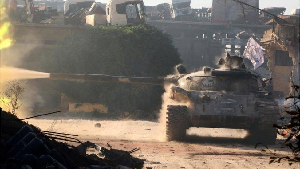 Syria conflict: Aleppo hit by clashes despite Russia aid pledge