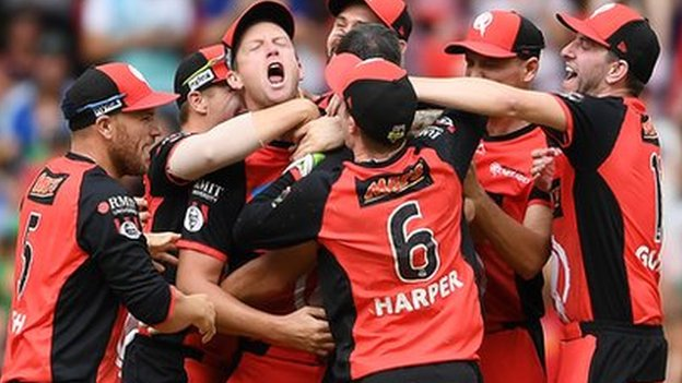 Renegades fight back to stun Stars and win Big Bash