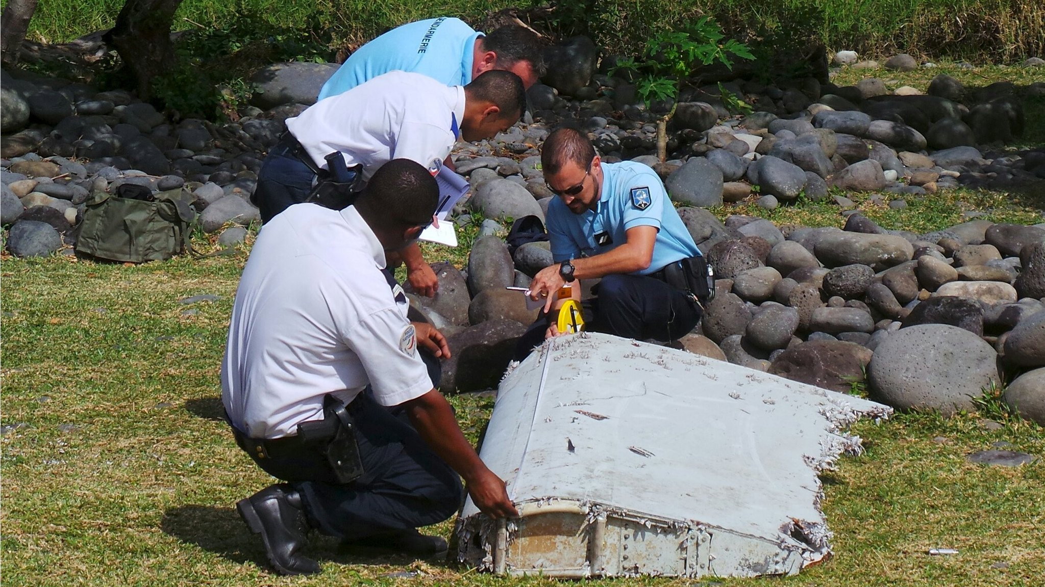 Debris found on an Indian Ocean island is being taken to France to determine if it is from the missing airliner MH370, Malaysia's PM says.