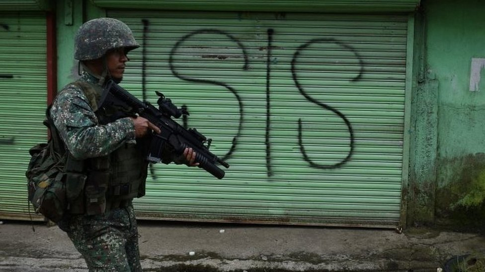 Philippines Duterte: Martial law extended in Mindanao