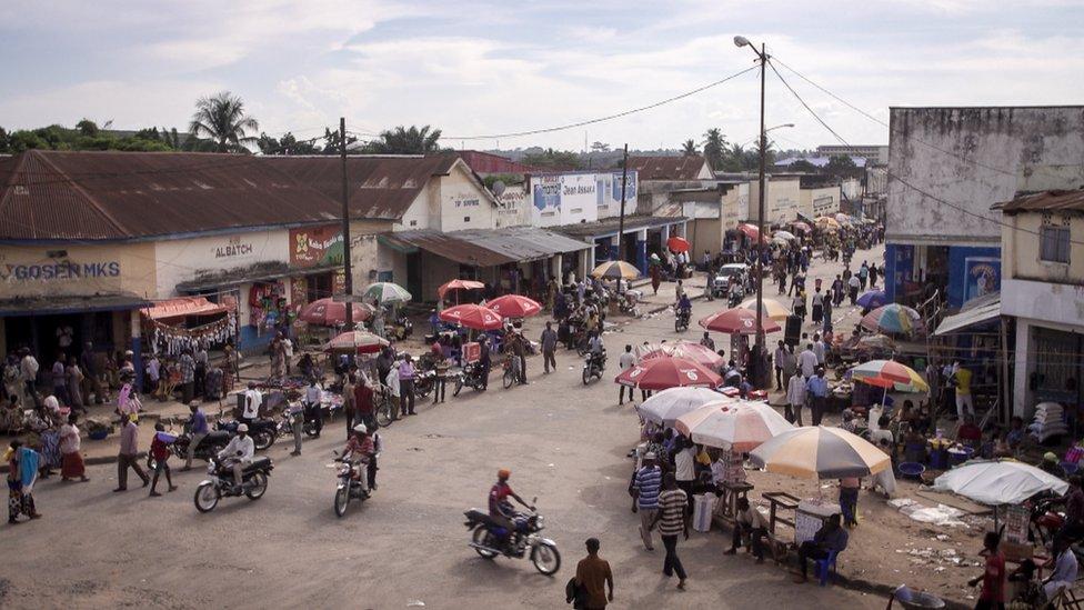 Una calle en Kananga, República Democrática del Congo