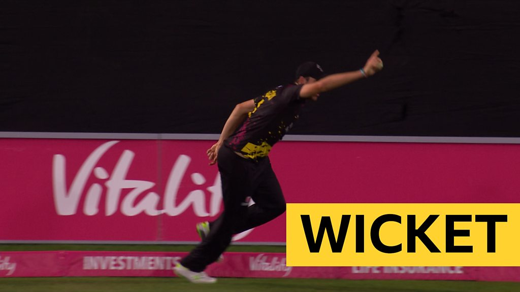 T20 Blast: Somerset's Jamie Overton takes brilliant catch to dismiss Kent's Alex Blake