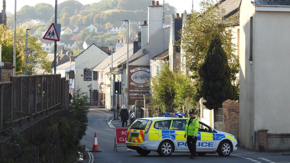 Tube device arrest: Police link suspicious device find in Devon