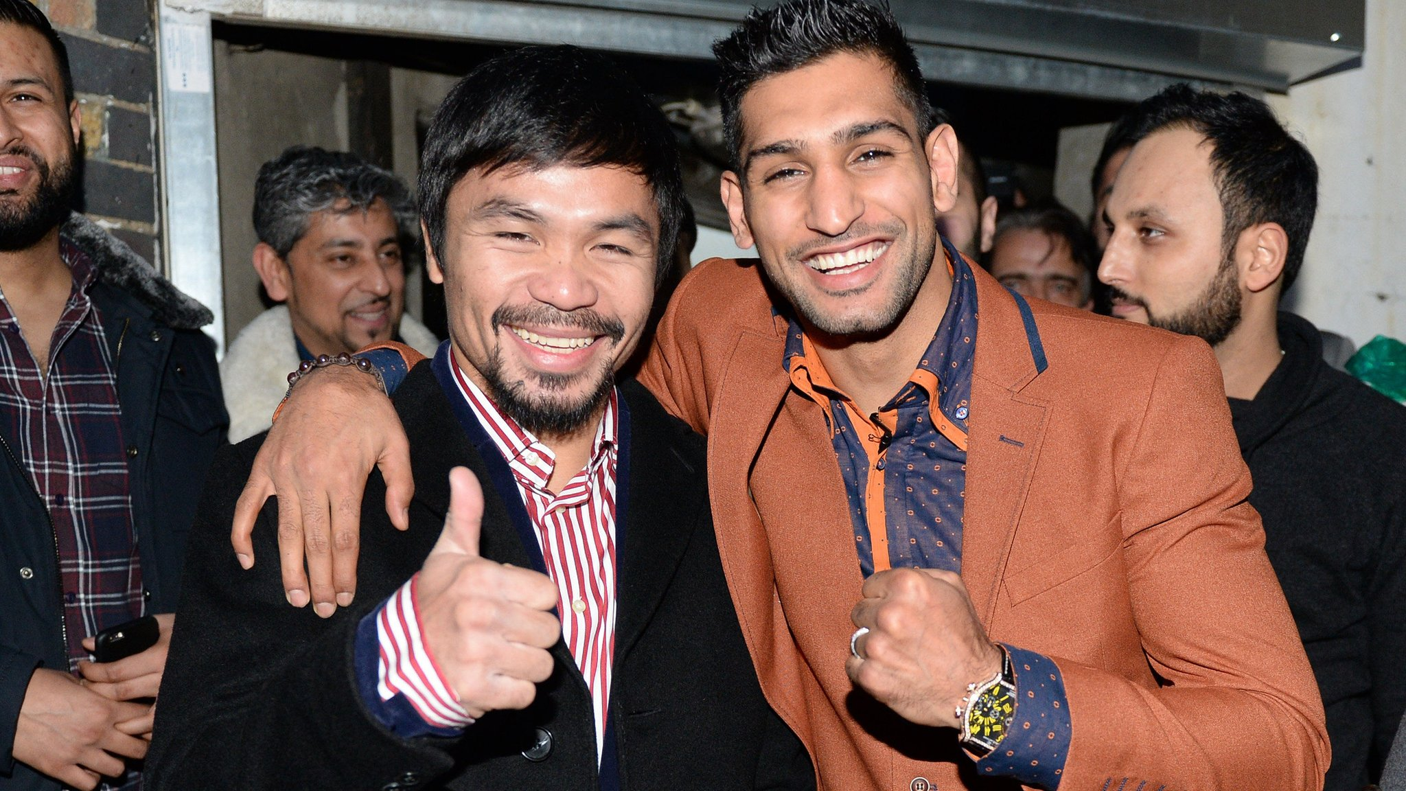 Manny Pacquiao and Amir Khan to fight in April