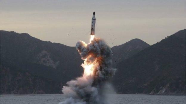 تجارب الإطلاق الصاروخي لكوريا الشمالية تثير قلق جيرانها خاصة اليابان وكوريا الجنوبية