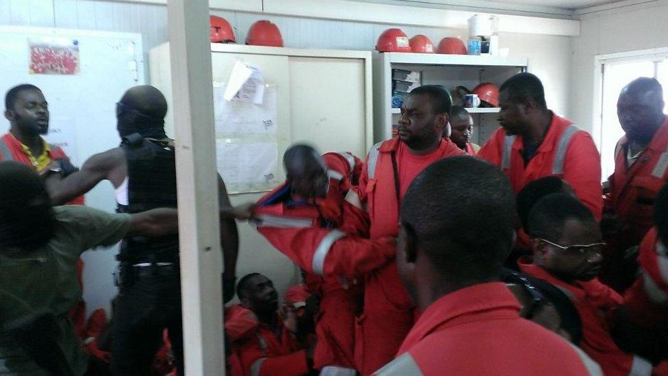 Une quinzaine de travailleurs du pétrolier Morel et Prom en grève ont été interpellés
