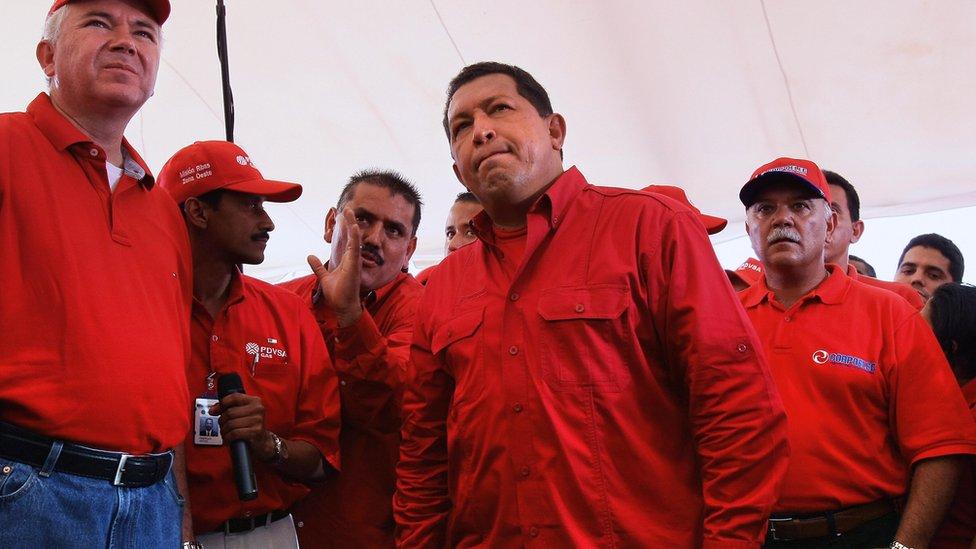 Rafael Ramírez y Hugo Chávez