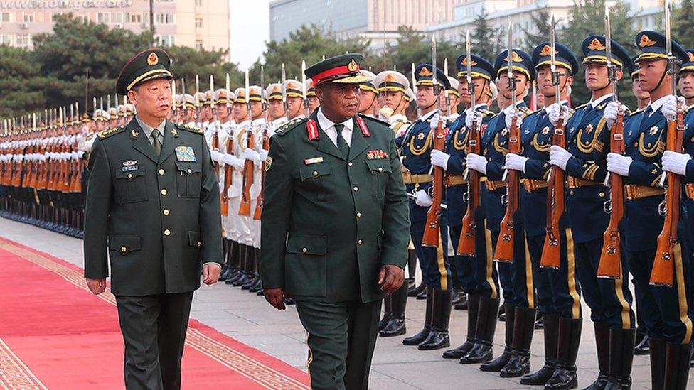 Çin bağlantısı: Darbe yapılan Zimbabve'nin bağımlı olduğu ortağı