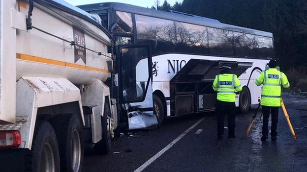 Driver dies after school bus crash in Aberdeenshir