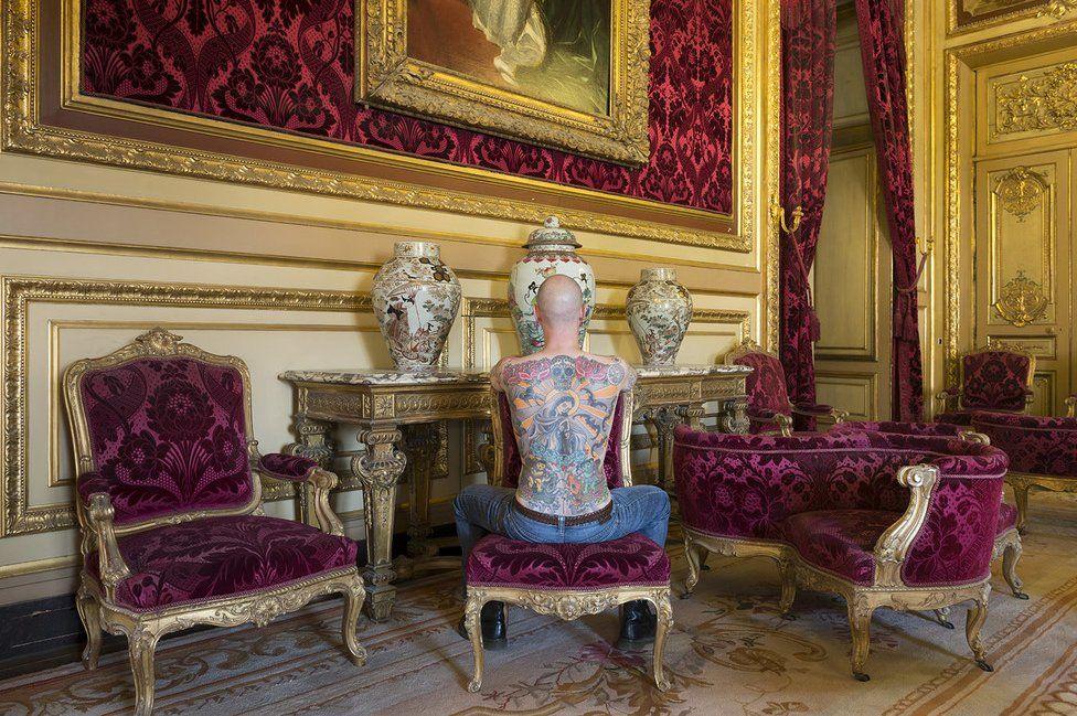 Exposición en el Museo de Louvre, Francia